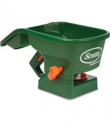 SCOTTS HAND GREEN SPREADER (108750)
